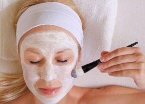 Viele Gesichtsmasken kann man mit wenig Aufwand selber machen