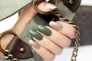 Nagellack Trends 2010: Im Herbst kommen Tarnfarben