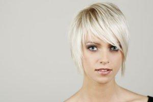 Strahlend blonde Haare