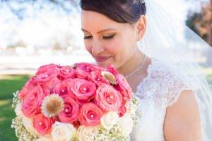 Das Braut Make Up sollte dezent und natürlich sein