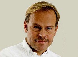 Dr. med. Christian Fellenz aus Wien - ein Spezialist, wenn es um Cellulite geht