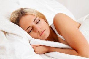 Während des Schlafes regeneriert sich unsere Haut