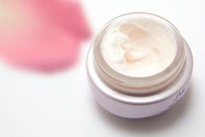 Bei Couperose oder Rosacea sind milde Pflegeprodukte wichtig