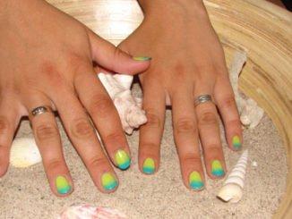 Nail Art: Farbverlauf auf den Fingernägeln