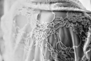 Wenn man transparente Kleidung trägt, muss man beim Styling sehr aufpassen