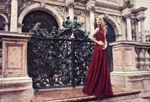 Kleid in Marsala