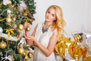 An Weihnachten darf der Look ruhig etwas glamouröser sein