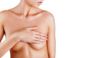 Mit einer Brustvergrößerung lassen sich heutzutage natürliche Ergebnisse erzielen © Artem Furman