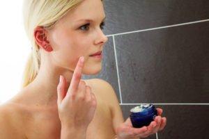 Bei Rötungen im Gesicht muss man auch die Gesichtspflege überdenken