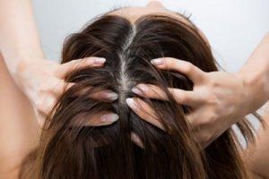 Sie können die Haare auch überpflegen