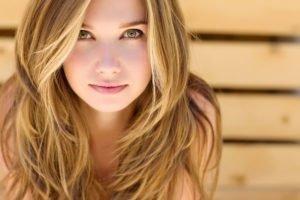 Hair Contouring So Lässt Die Haarfärbetechnik Dein Gesicht Schmaler