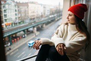 Oversize Pullover kombinieren - Tipps
