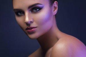 Strobing: Unsere Anleitung für Dein perfektes Glow-Make-Up