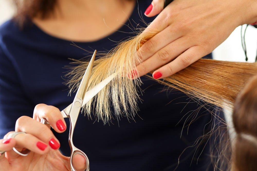 hair dusting selber machen so wirst du spliss wieder los. Black Bedroom Furniture Sets. Home Design Ideas
