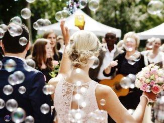 Festliche Mode für Mollige – So machst Du bei einer Hochzeit eine gute Figur