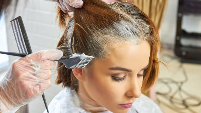 Haare färben in der Schwangerschaft