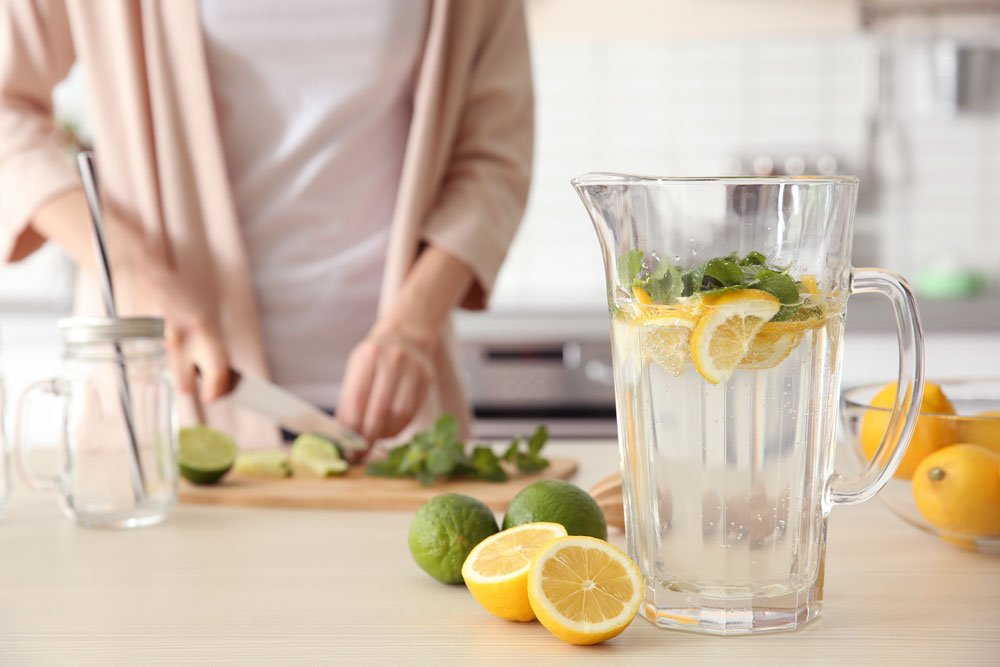 Wasser mit Obst