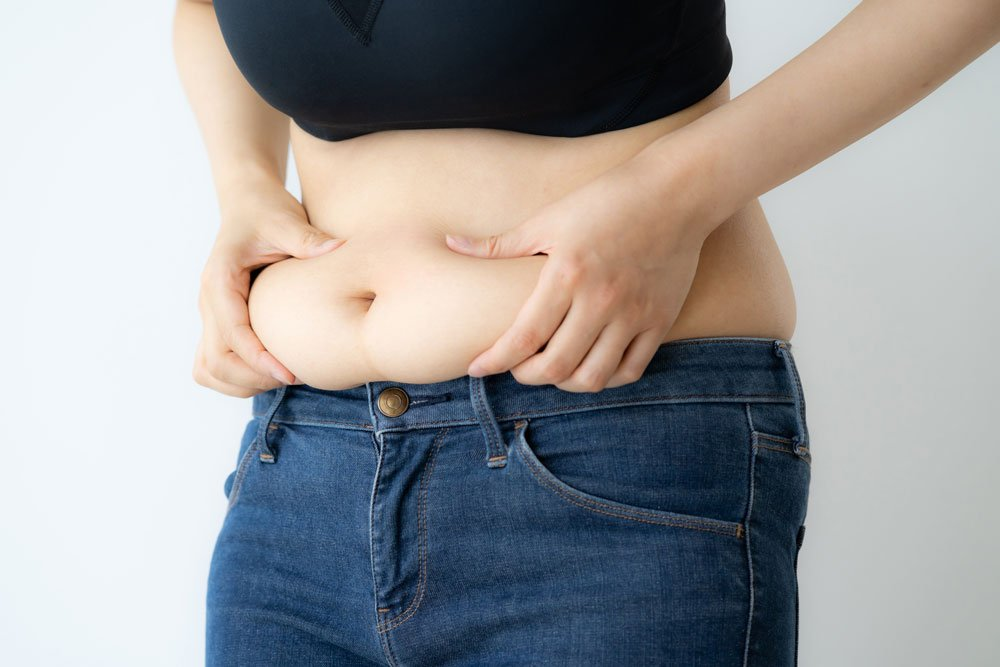Leichter Fettansatz am Bauch