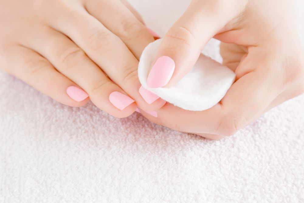 Nagellack entfernen mit Hausmitteln