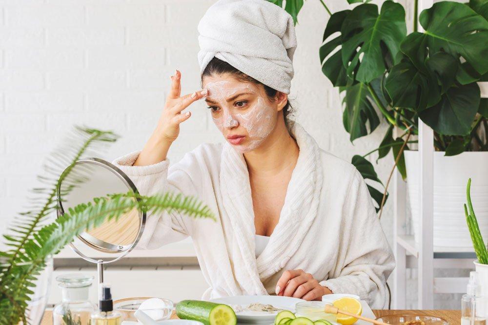 Gesichtsmaske für trockene Haut selber machen